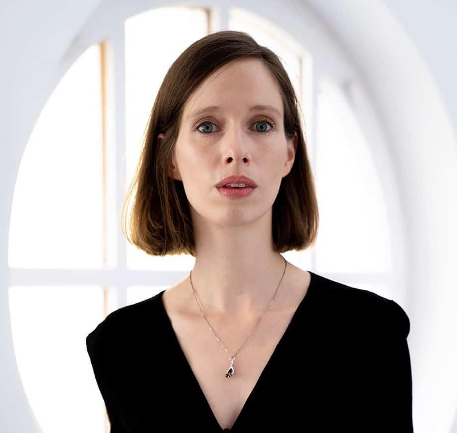 Lili Horvat portrait 2